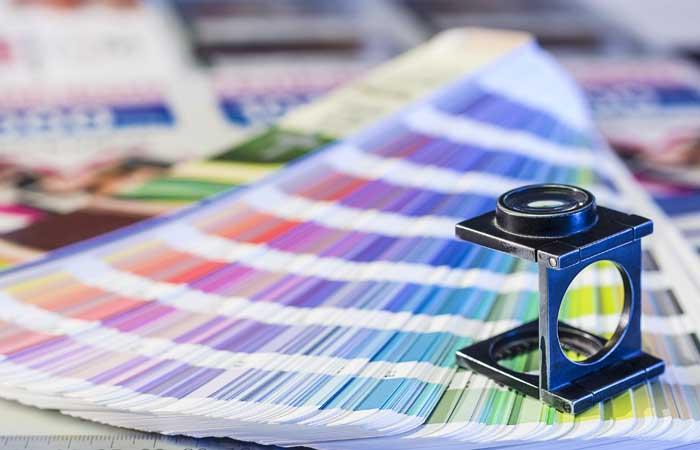 Milyen színekkel lehet nyomtatani?